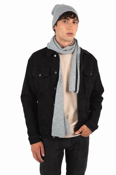 Teplý úpletový šátek na krk